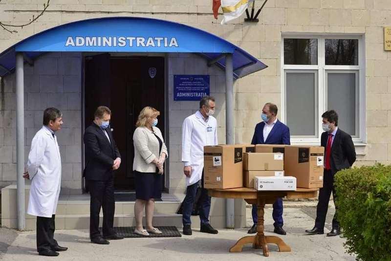 Un_lot_de_echipamente_medicale_1